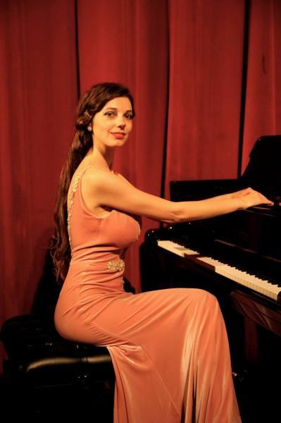 Axia Marinescu*musique*classique#piano#Concerto#mozart - 4_1444343465_2